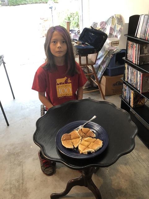 blueberry pancake eating making machine