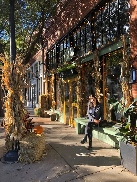 fall in the bishop arts district dallas small town feel