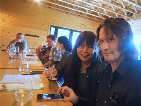 caveman selfie at huhlman wine fredericksburg tx