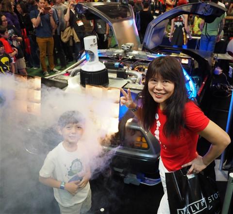 back to the future delorean sxsw gaming expo